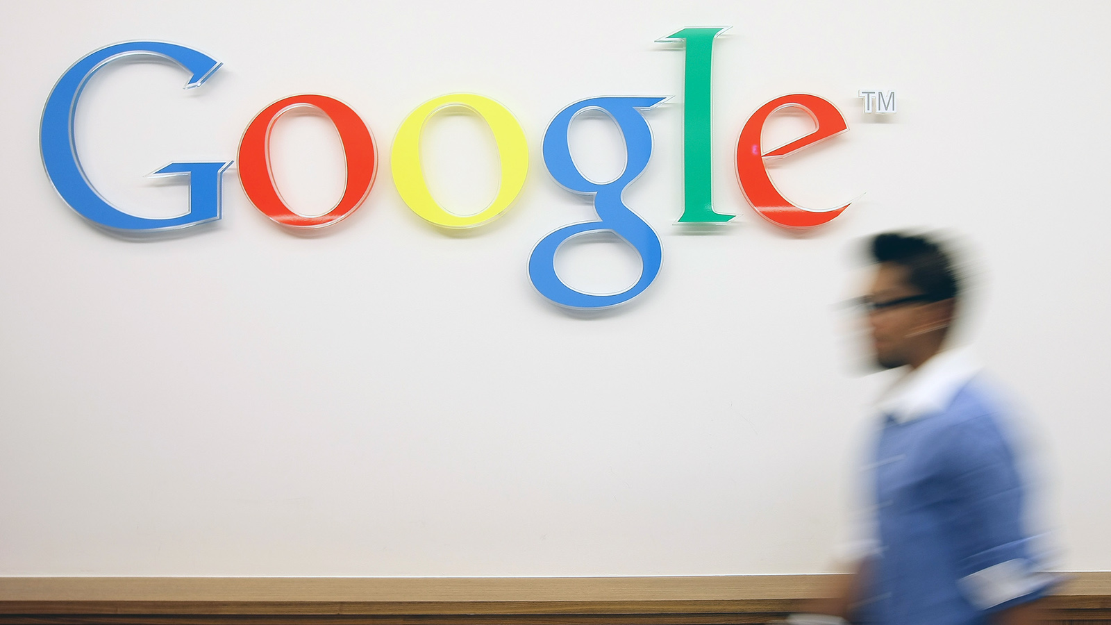 Google отказался от ярлыка AMP в поиске через мобильные устройства - Фото 1